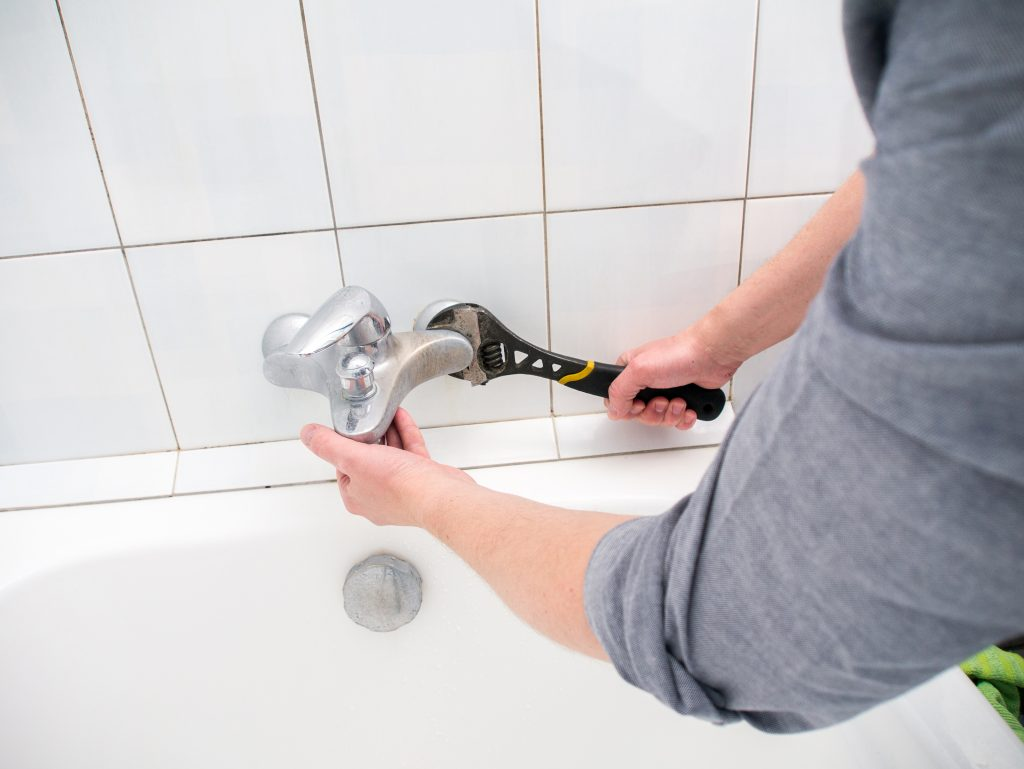Quality work of all kitchen and bathroom small/large plumbing work.