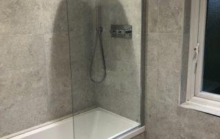 Simple fashion bathroom